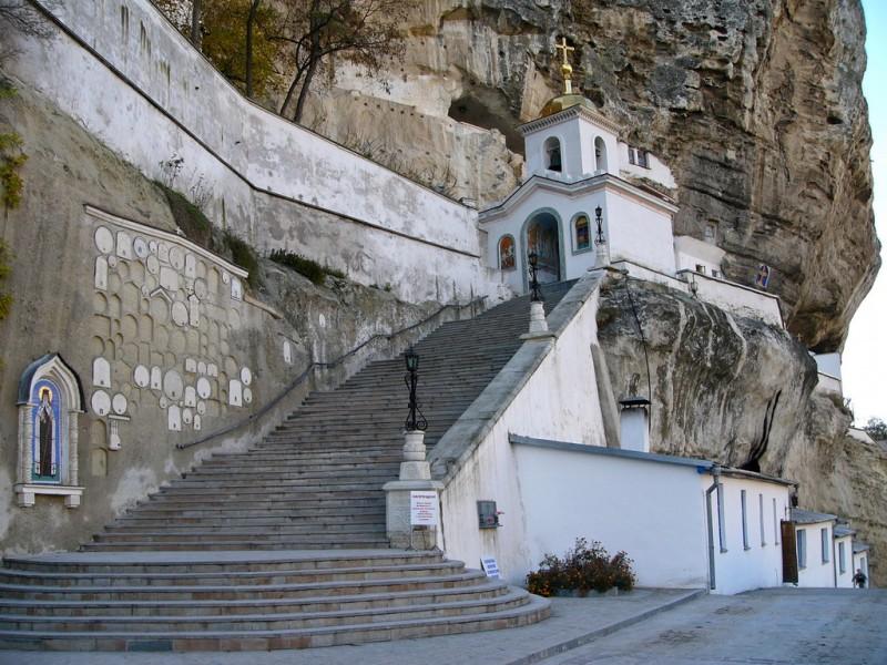 Достопримечательности Крыма: ТОП-5 монастырей полуострова фото