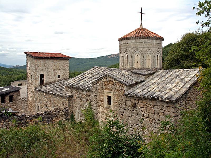 Достопримечательности Крыма: ТОП-5 монастырей полуострова фото 1