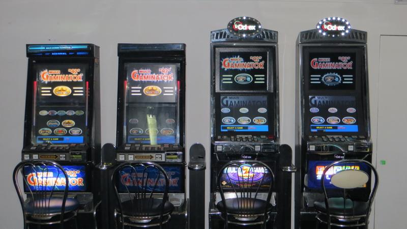 флешка игровые автоматы