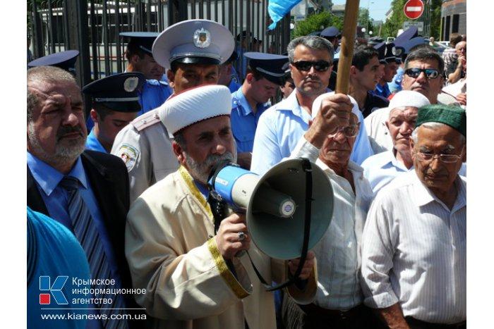 Крымские татары требуют объявить генконсула России персоной нон грата
