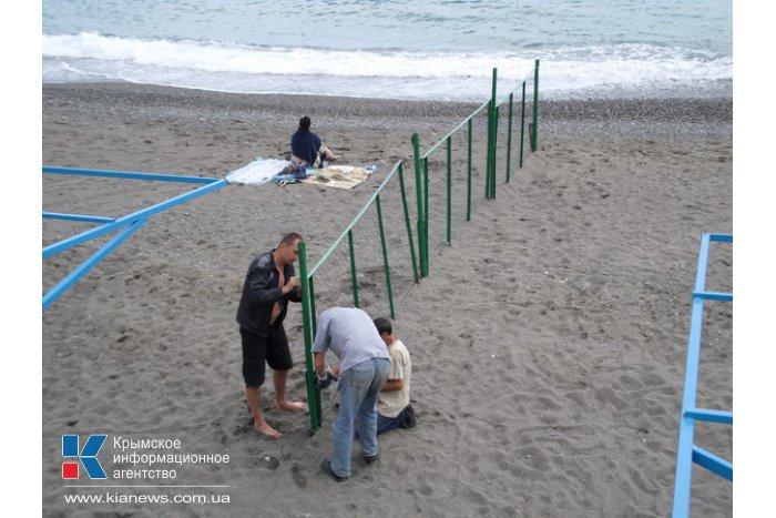 В Алуште создана комиссия по выявлению незаконных конструкций на пляжах