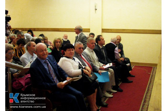 В Симферополе представили возрожденный литературный журнал «Крым»