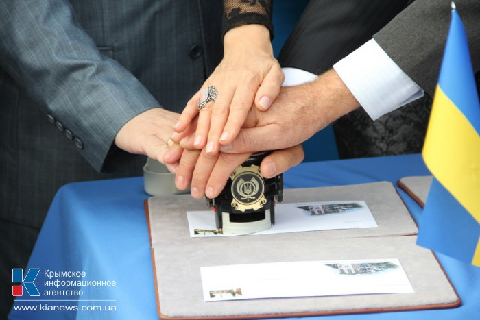 В Коктебеле погасили конверты к юбилею Дома Волошина