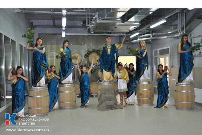 В Бахчисарайском районе открыли завод по производству элитных вин