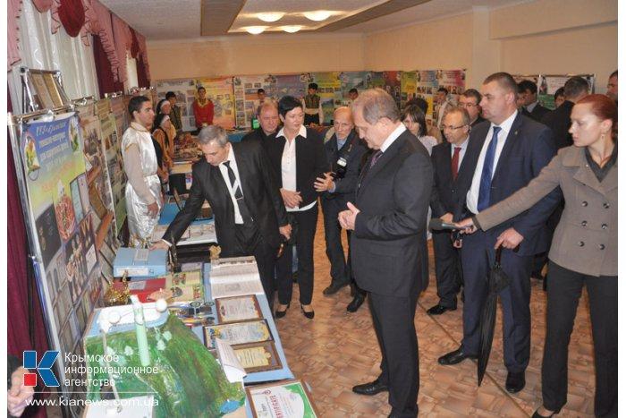 Глава Совмина посетил гимназию-интернат для одаренных детей в Бахчисарайском районе