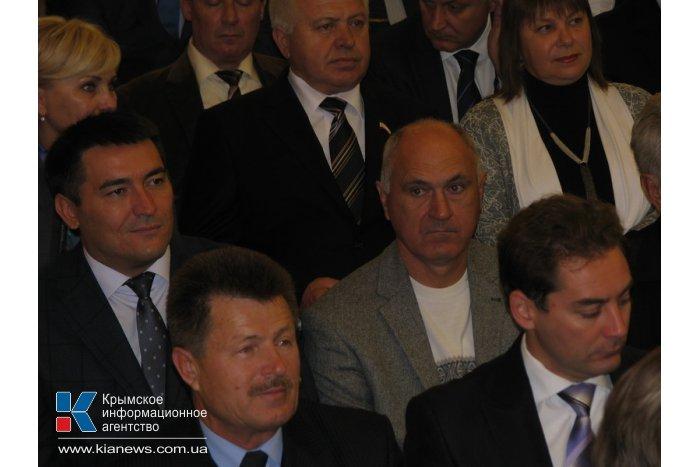 Крымские «регионалы» выдвинули своего кандидата на выборы по 44-му округу