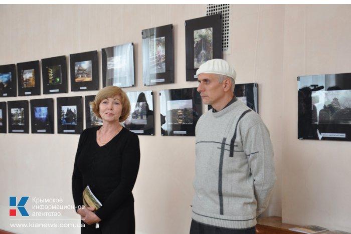 В Симферополе представили выставку «Январь в Японии»