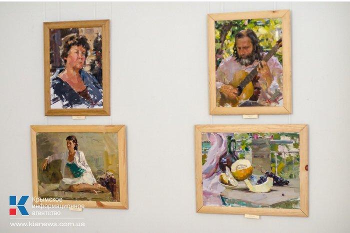 В Севастополе представили «Диалог» двух художников
