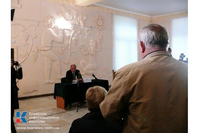 Могилев обещает «воевать» до последнего за пайщиков Бахчисарайского района