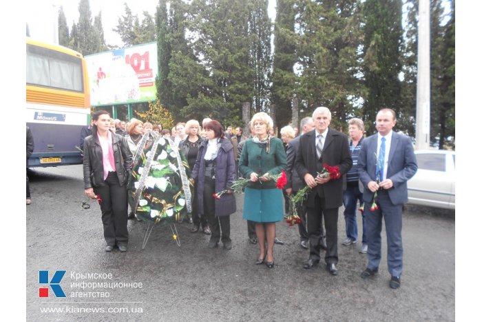 В Алуште почтили память погибших в аварии шахтеров