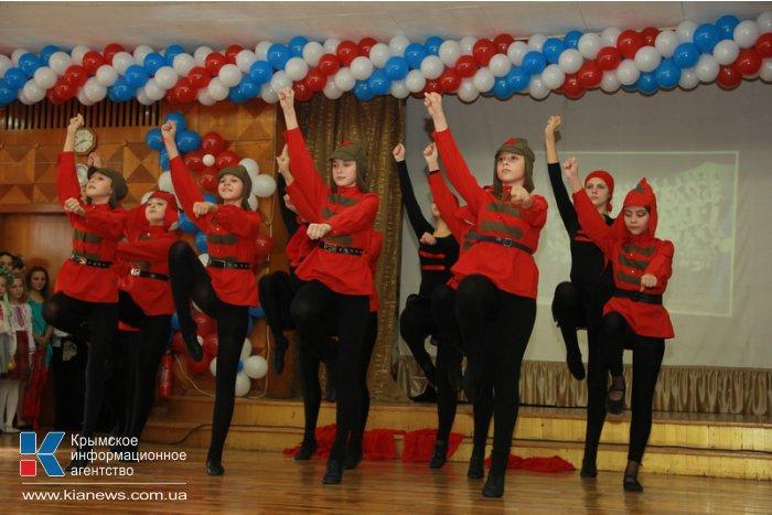 В Симферополе Дворец пионеров празднует свой 90-летний юбилей