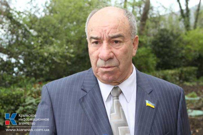 Нардеп намерен отстаивать права крымчан в спорах о Конституции Крыма