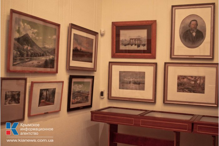 В Севастополе открылась выставка русской акварели