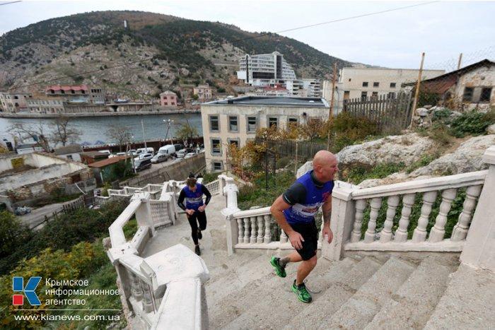 В Балаклаве прошли первые в Украине соревнования по триатлону