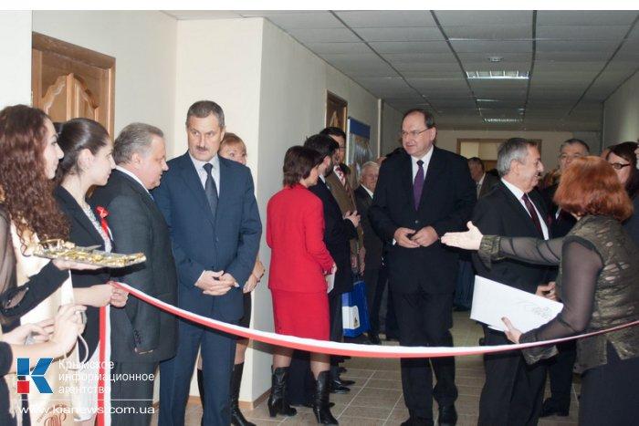 В Севастополе открылся информационно-образовательный польский центр
