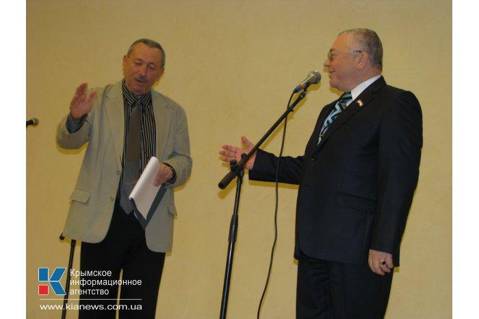 В Симферополе состоялась презентация книг крымского писателя