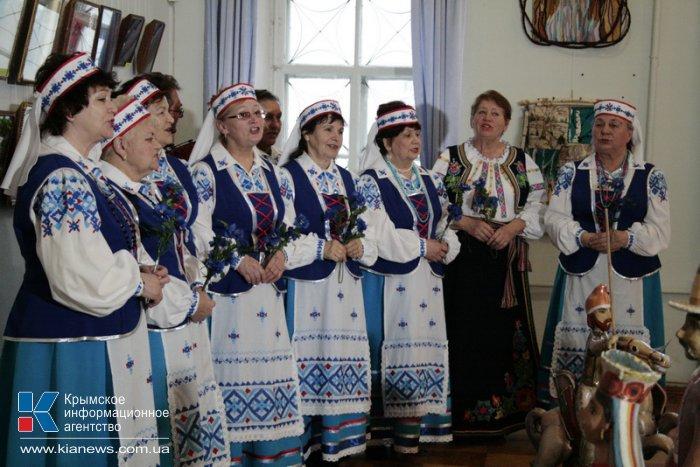 В Симферополе открылась выставка «Белорусский венок»