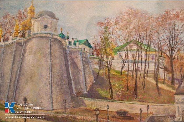 В Севастополе открылась выставка Александра Десятникова