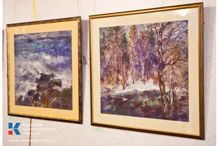 В Севастополе открылась выставка крымского художника