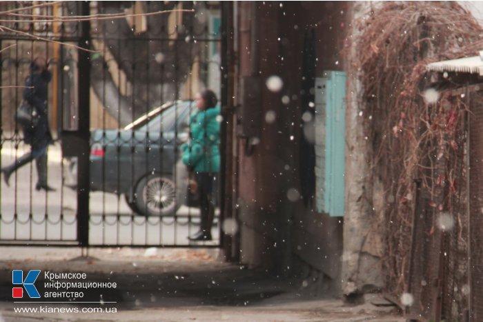 В Симферополе выпал первый снег