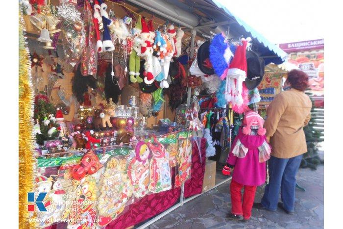 В Алуште открылась новогодняя ярмарка