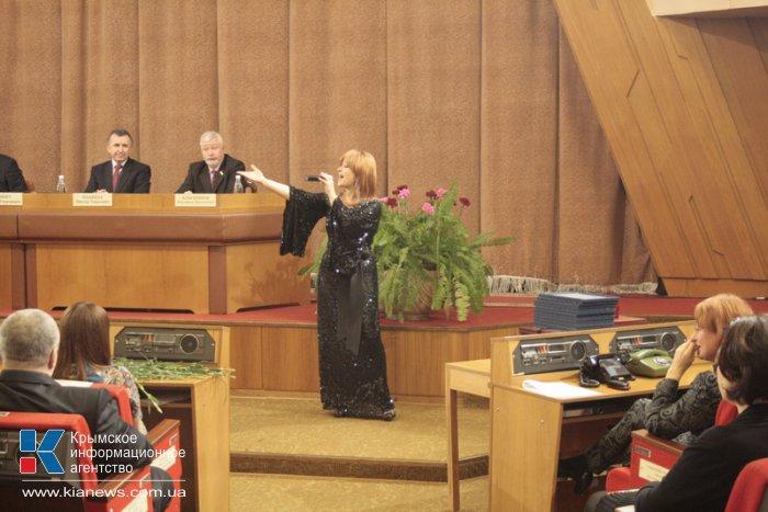В Симферополе поздравляли работников местного самоуправления