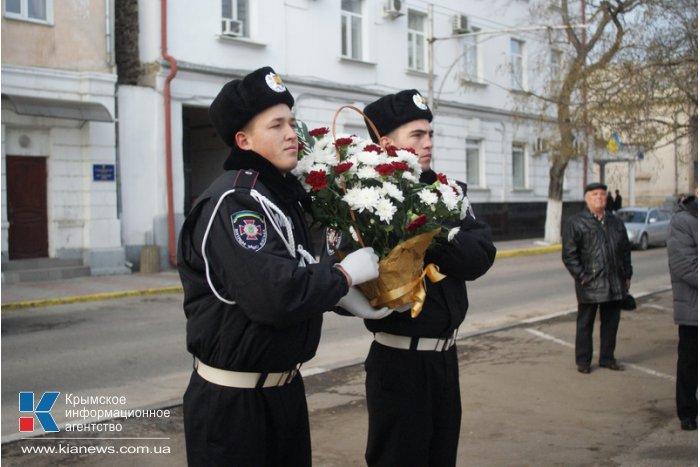 В Севастополе провели митинг ко Дню ликвидаторов аварии на ЧАЭС