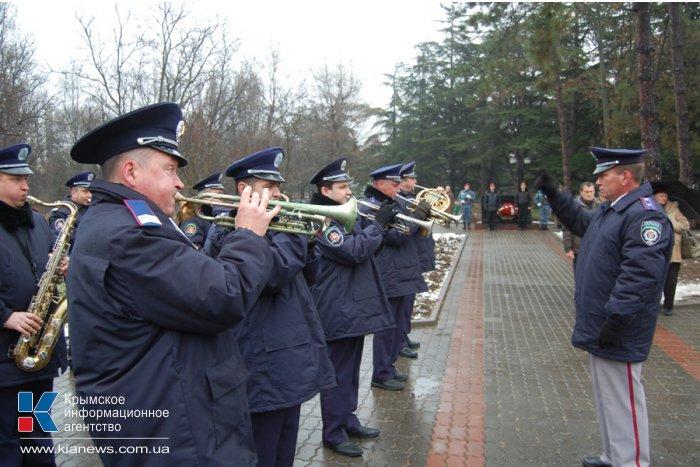 В Симферополе почтили память погибших чернобыльцев