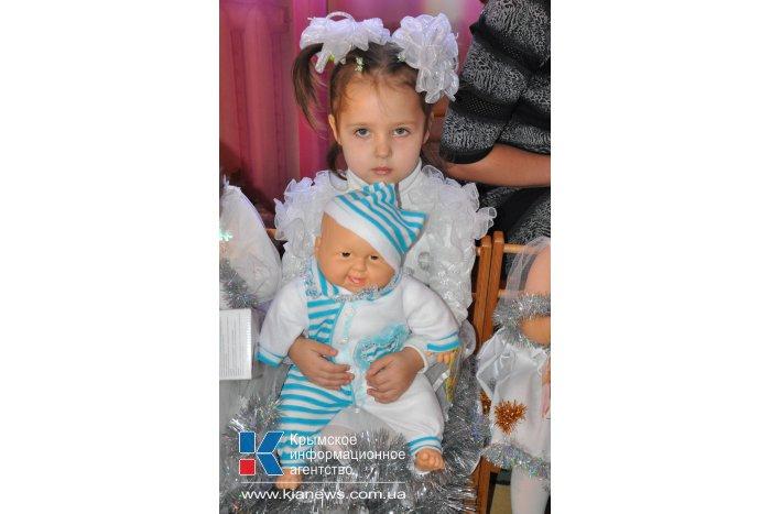Крымский премьер поздравил с Днем святого Николая воспитанников Дома ребенка в Симферополе