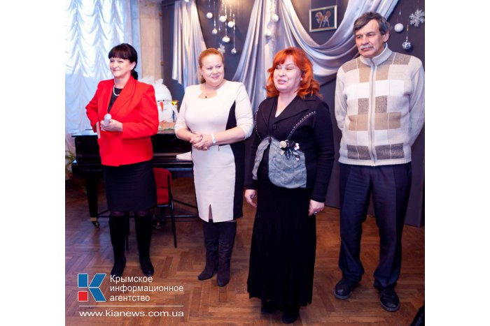 В Севастополе представили «Новый год как подарок»