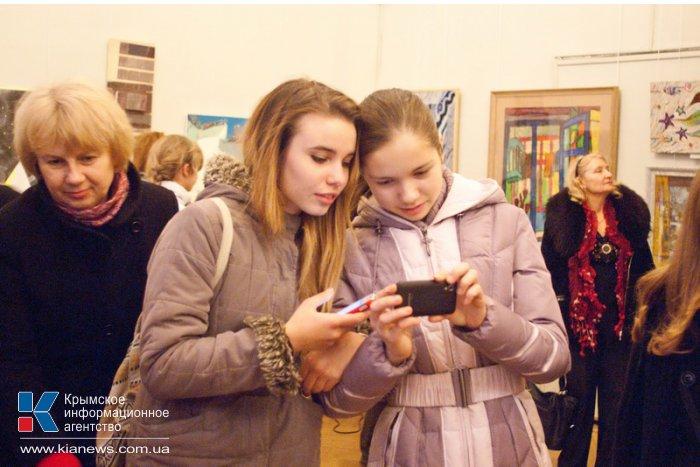 В Севастополе открылась рождественская выставка