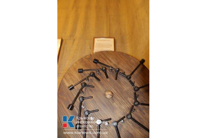 В Симферополе открылась интерактивная выставка механизмов Леонардо да Винчи