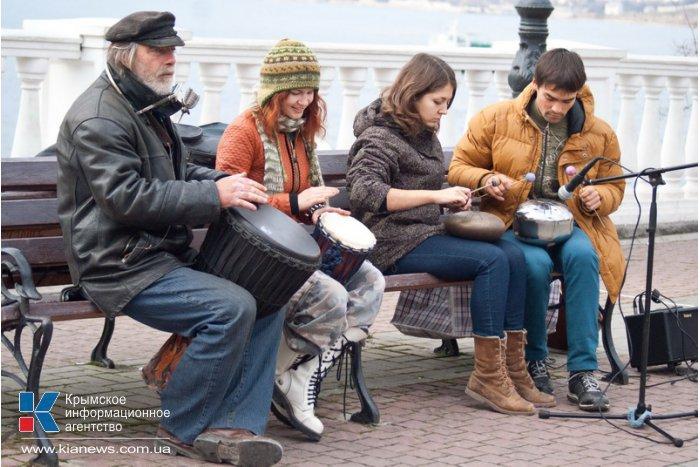 В Севастополе встречали праздник рождения солнца