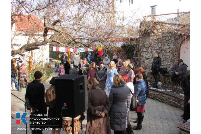 В Симферополе открылась рождественская ярмарка