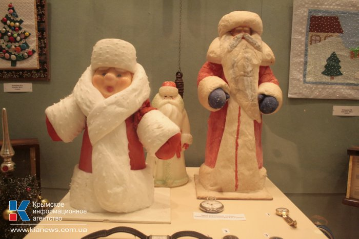 В музее истории Симферополя проходит новогодняя выставка
