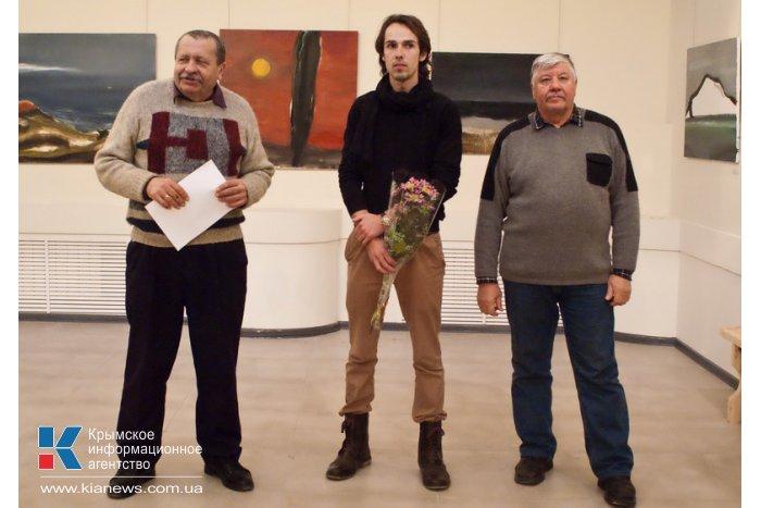 В Севастополе открылась выставка «Линии»
