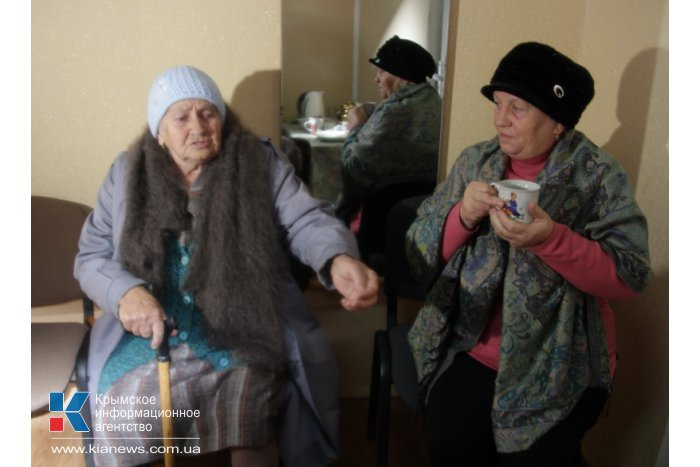 Крымский премьер осмотрел ход восстановительных работ в Сакском районе