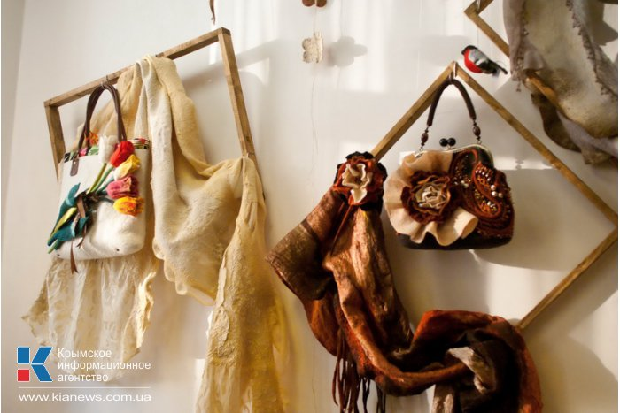 В Севастополе открылась выставка изделий из войлока
