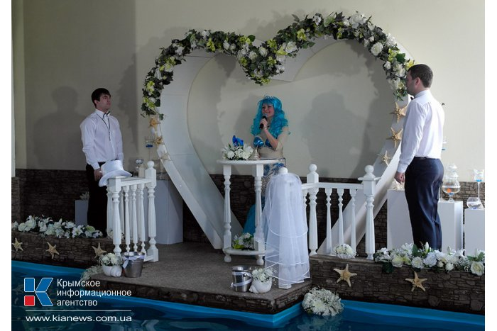 В Ялте состоялась первая в Украине свадьба дельфинов