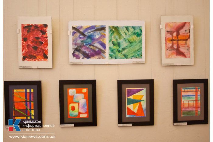 В Севастополе открылась выставка памяти крымского искусствоведа