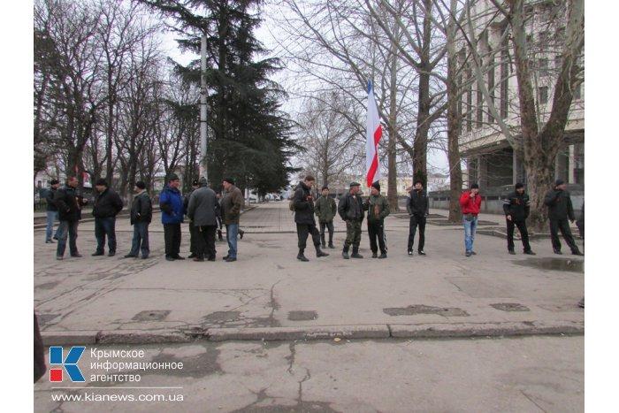 Военные оставили центр Симферополя