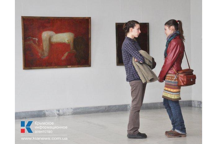 В Симферополе открылась персональная выставка крымской художницы