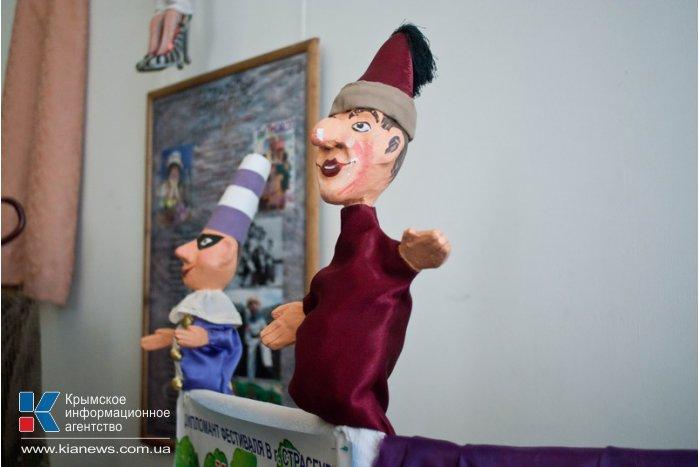 В Севастополе открылась выставка «Театральный Севастополь»
