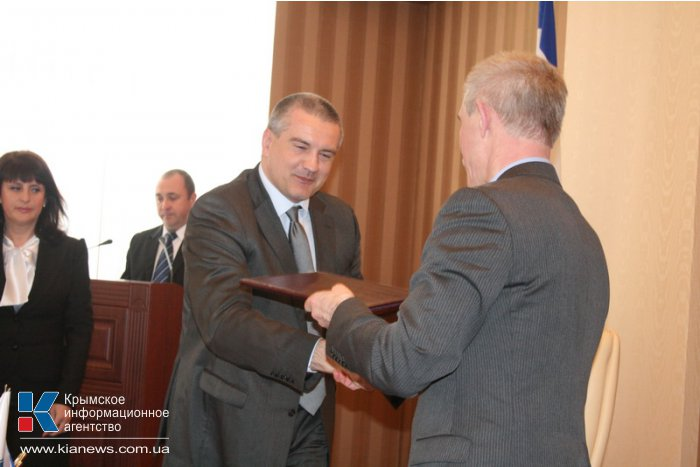 В Совмине подписали договор о сотрудничестве между Крымом и Ульяновской областью
