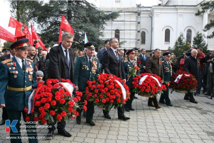 В Симферополе почтили память освободителей города