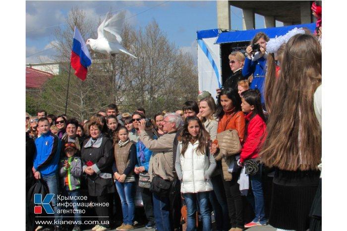 В Симферополе провели общегородскую минуту молчания