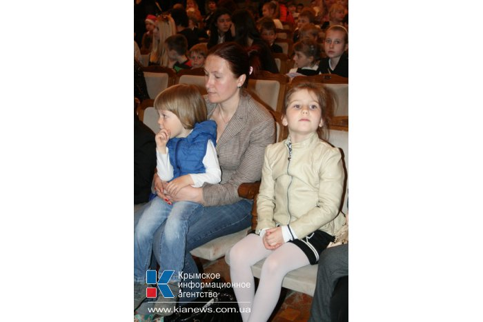 Московский театр кукол открыл гастроли российских театров в Крыму