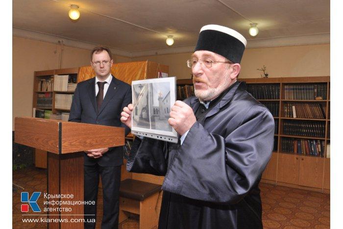 Крымчанам вручили награды императорского дома Романовых