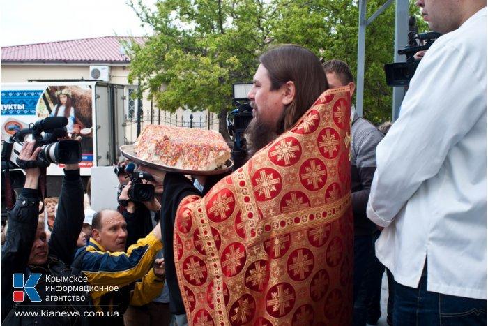 В Севастополе освятили «Царь-Пасху»