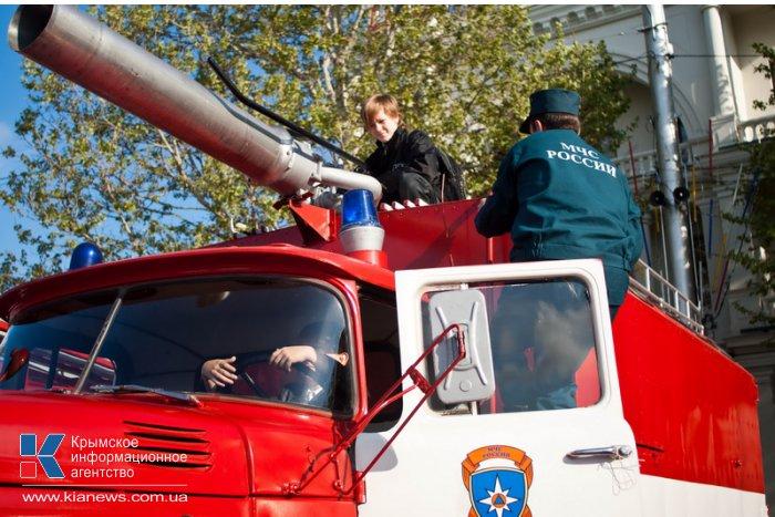 В Севастополе отметили 365-летие пожарной охраны